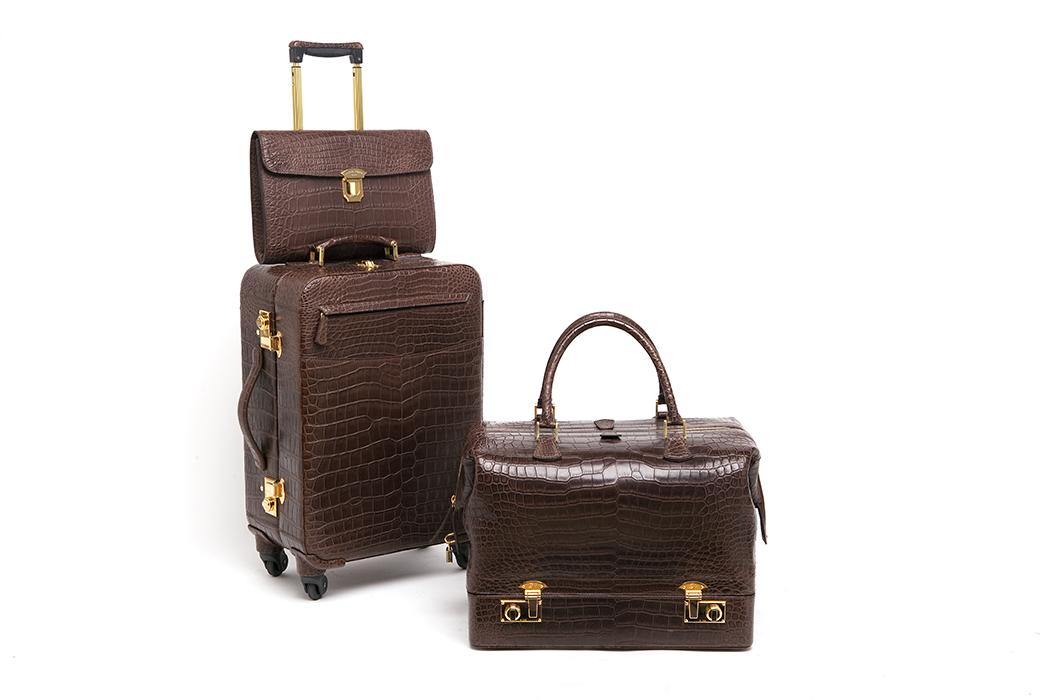 elite luxury accessories trolley set croc